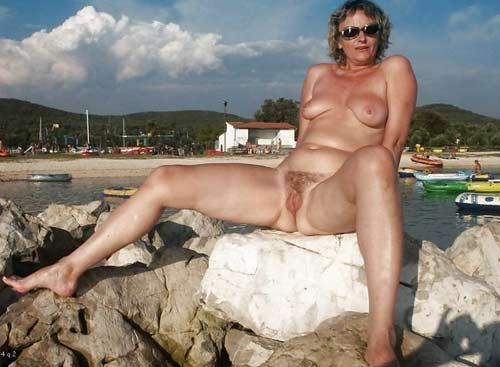 vieille pute dégarnie vieux nudistes
