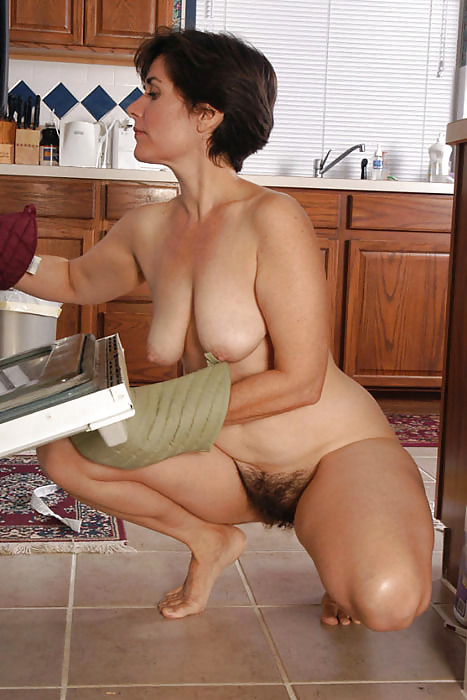 Ariane working that cock